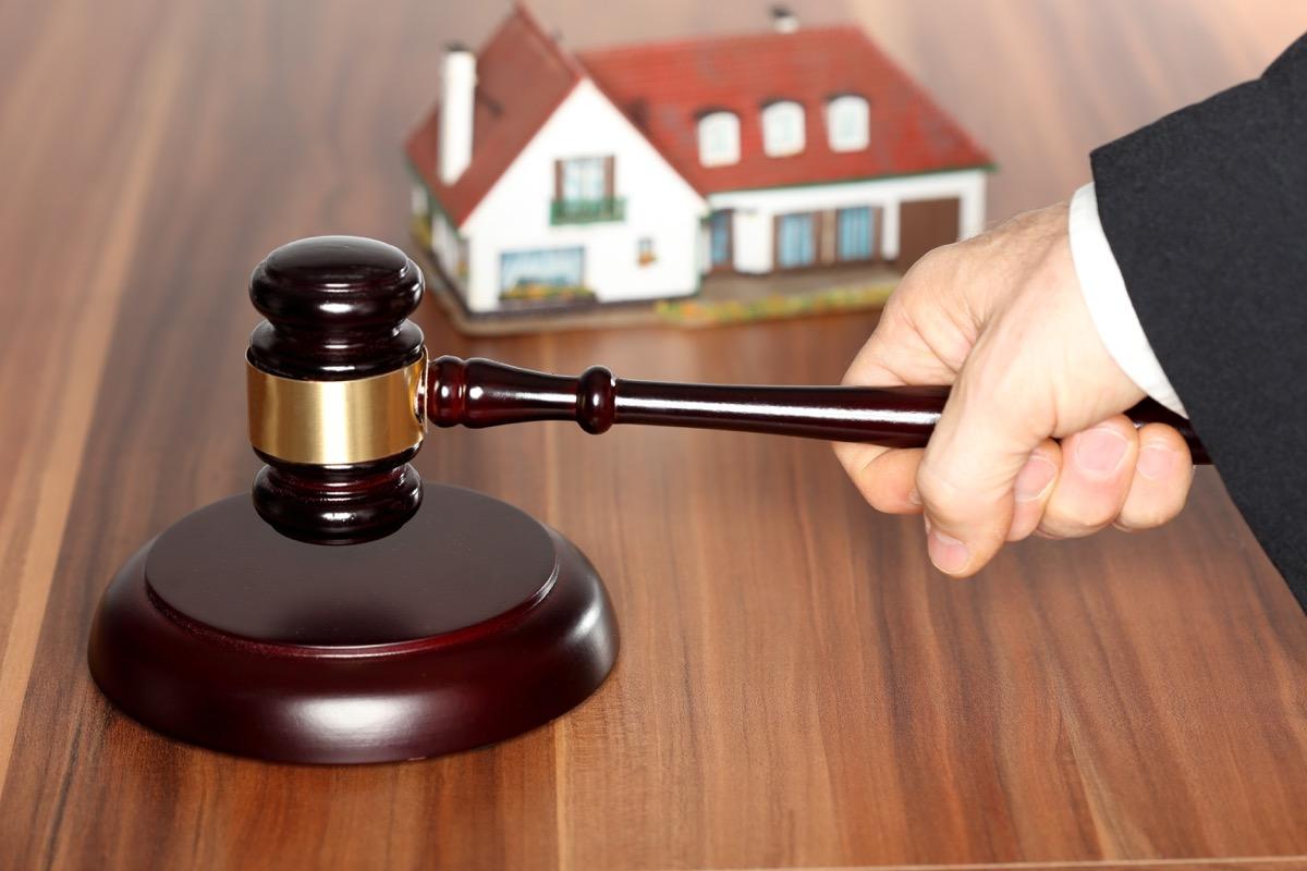 Licitor – ventes aux enchères de biens immobiliers